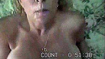 Темнокожий развратник вжарил в пизду с большими сиськами мамашу с небольшими волосами