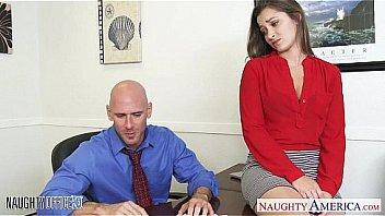 Карина гранд с тугой задницей занимается анально-вагинальным порно с юношами