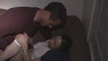 Узкоглазая медсестричка трахает пациента