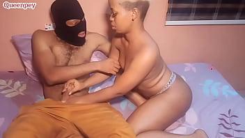 Молодчик изнасиловал девку воровку в приоткрытый рот и писю и мало её не задушил верёвкой