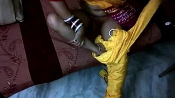 Бабёнка привела себе африканца и связала его, чтобы он престижнее ебался